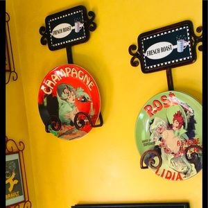 Kitschy FUNKTIONAL & FUN PLATES